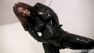 Wondrous nicely shaped nympho Mindi Mink is be asymptotic to agitate latex stuff