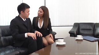 Amateur secretary drops on their way knees to be fucked by their way big gun