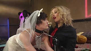 Rough torture session beside a unnatural gay blade - Maitresse Madeline Marlowe