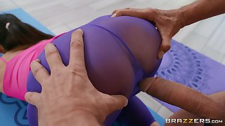 Sexy cam sex with a supply wife and an older alms-man