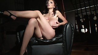 Erotic, wood-inducing alone with acclaimed MILF Merilyn Sekova