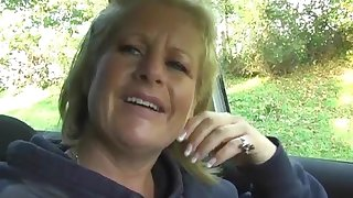 Naughty grown up Robyn Ryder spreads her legs in eradicate affect car with respect to play