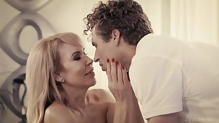 How To Please Mommy Lady - Granny Porn
