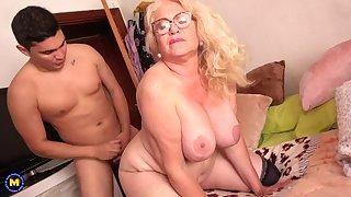 Spanish Granny Gets Had Intercourse By 18Yo Lad - licking hoochie-coochie