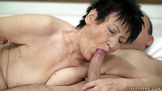 Short haired grey blowlerina Anastasia is brim about to be fucked doggy