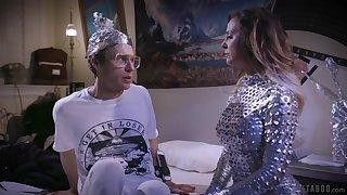 Futuristic milf Cherie Deville fucks fishy anus of nerd gay blade in glasses